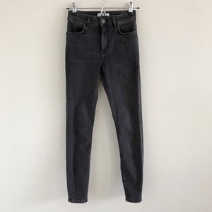 """& Other Stories 9"""" Skinny Stretch Jeans Size 25"""